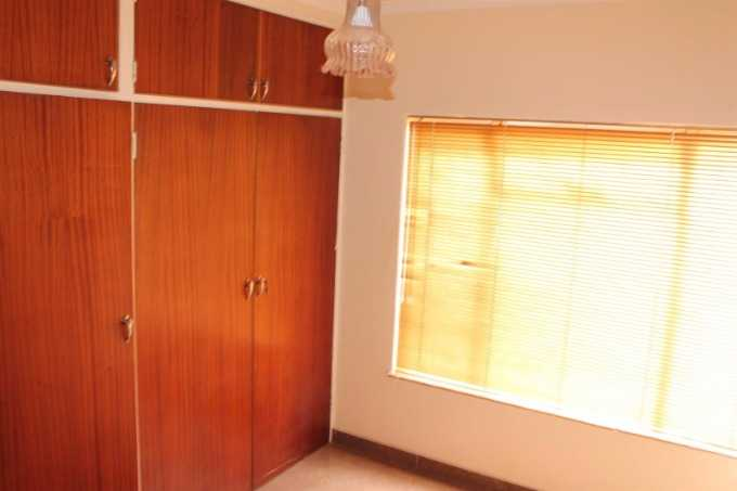 Theresapark property for sale. Ref No: 13507044. Picture no 9