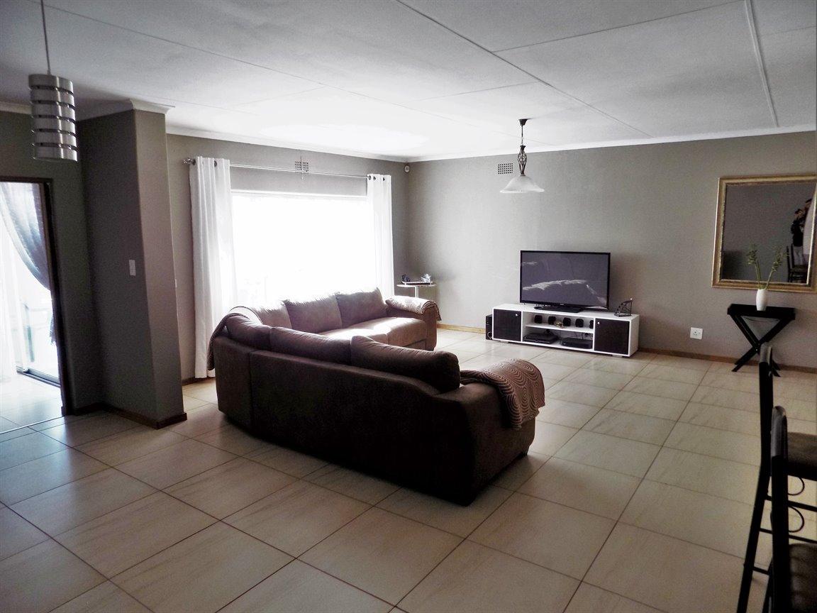 Alberton property for sale. Ref No: 13393819. Picture no 6