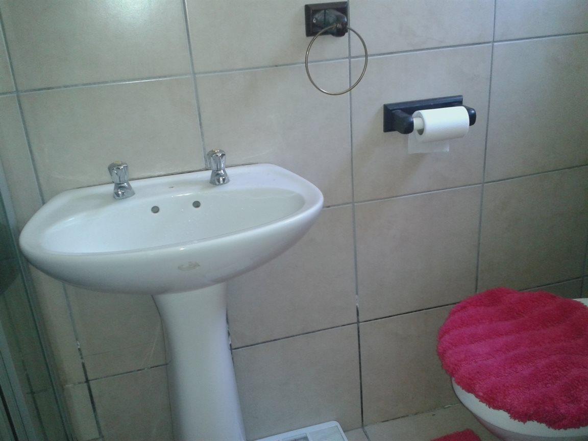Umtentweni property for sale. Ref No: 12776352. Picture no 7