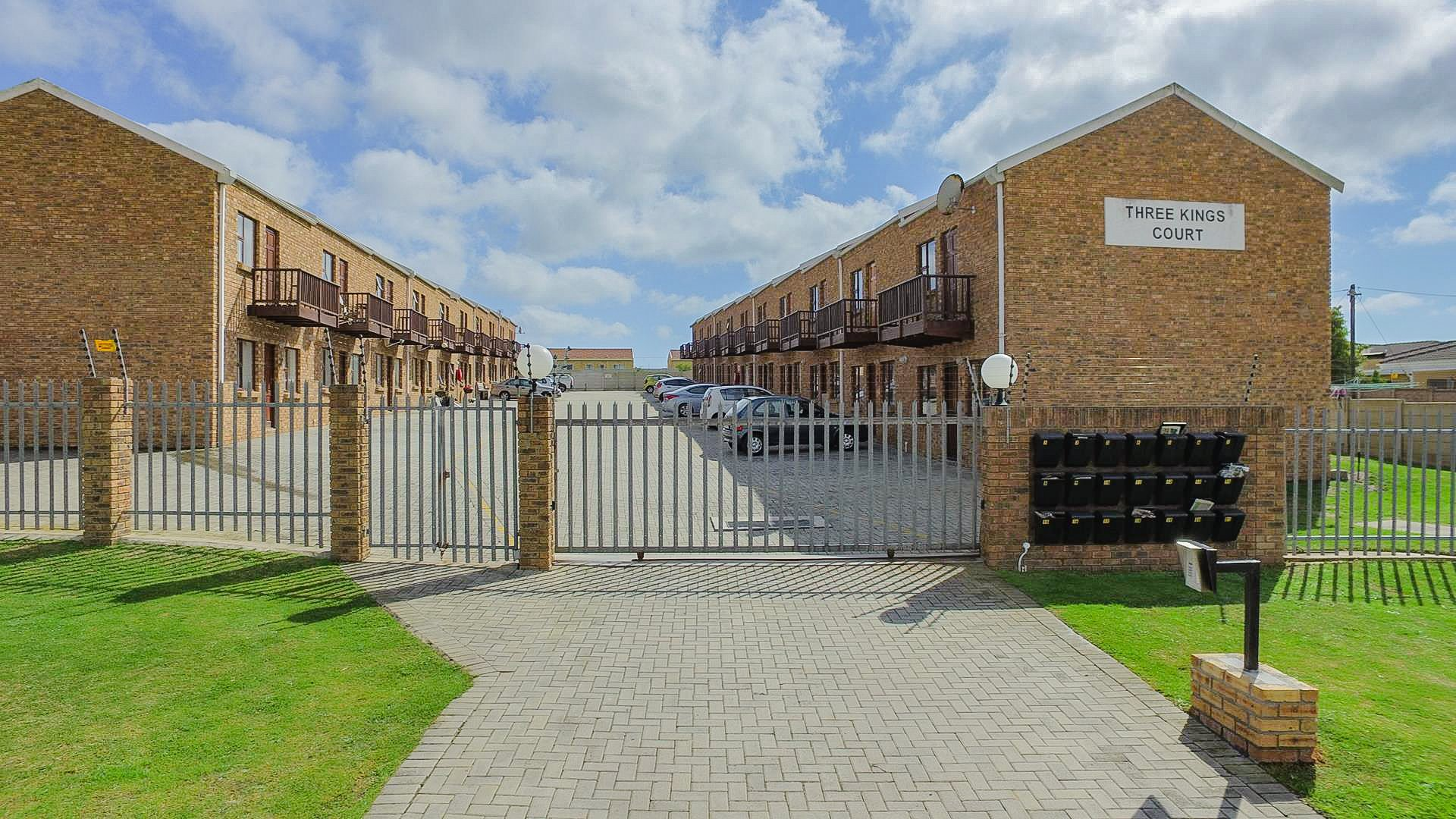 Port Elizabeth, Brentwood Park Property  | Houses For Sale Brentwood Park, Brentwood Park, Apartment 2 bedrooms property for sale Price:599,000