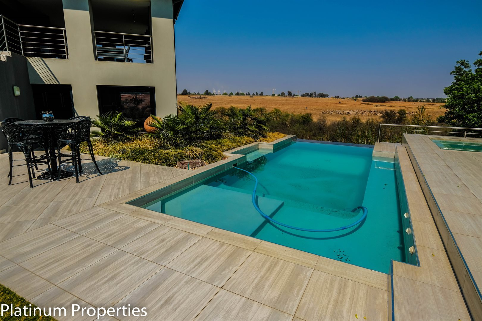 Three Rivers East property for sale. Ref No: 13622206. Picture no 29