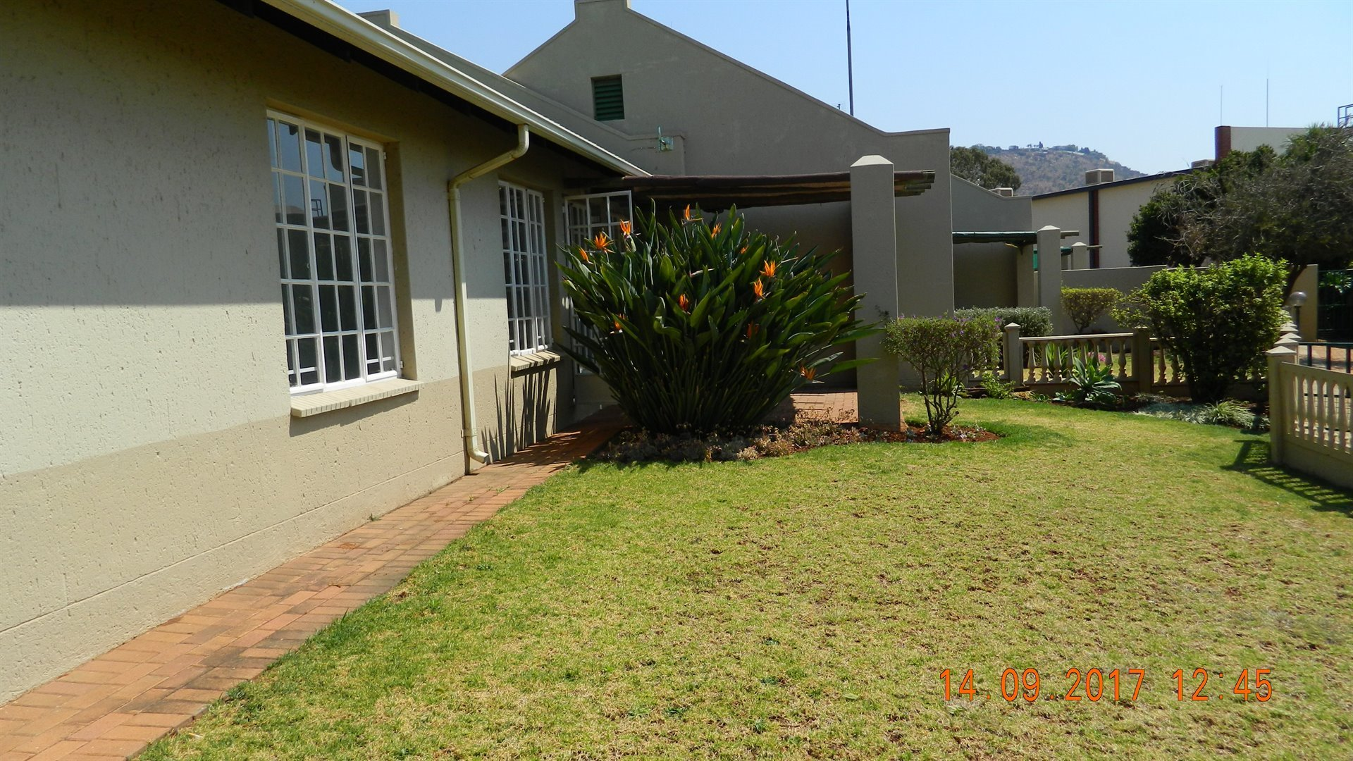 Roodepoort, Little Falls Property  | Houses For Sale Little Falls, Little Falls, Townhouse 3 bedrooms property for sale Price:920,000
