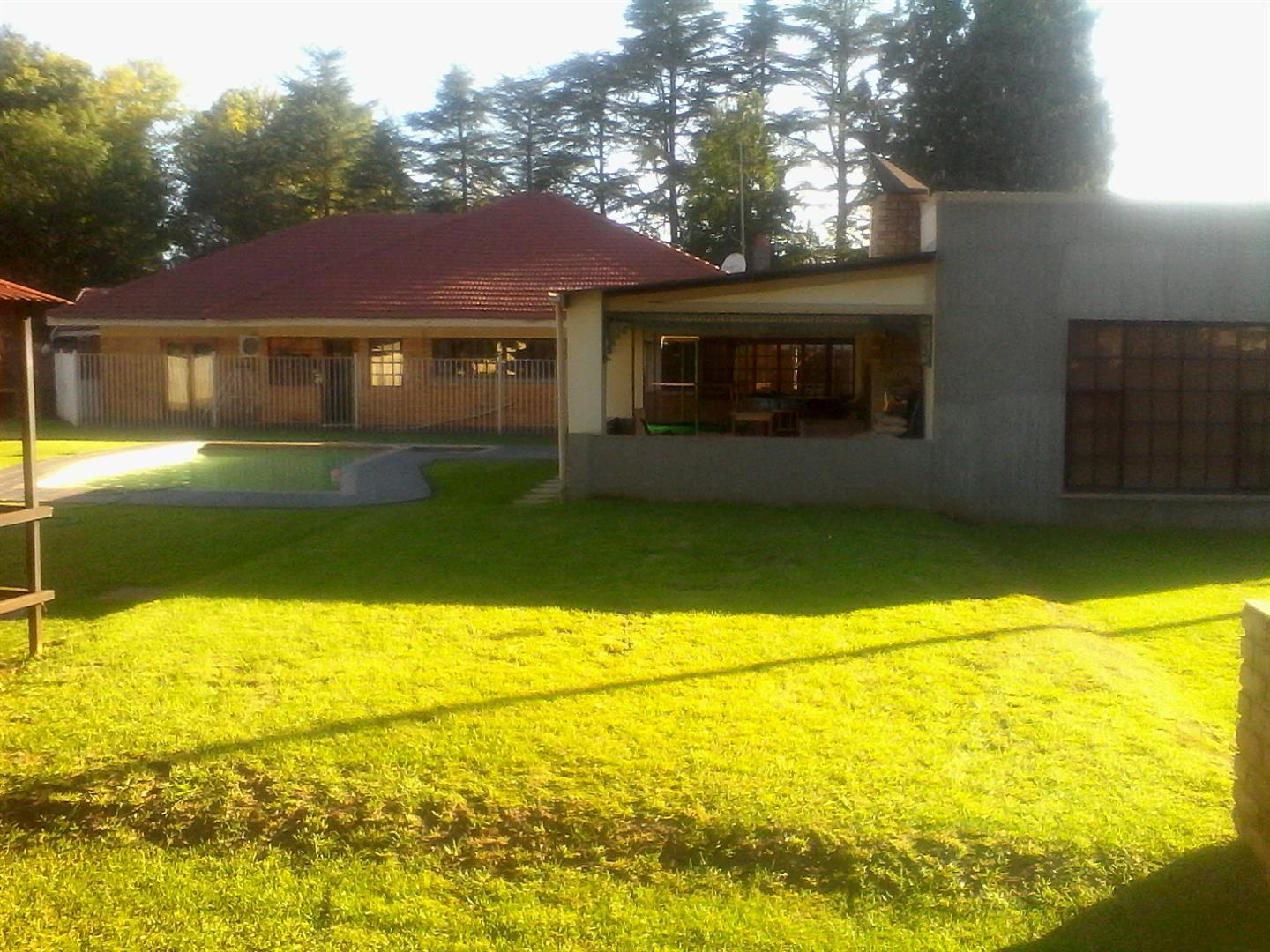Three Rivers Proper property for sale. Ref No: 13436710. Picture no 11