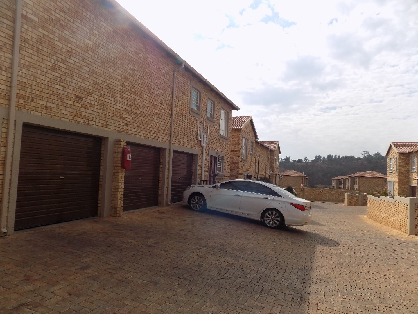 Roodepoort, Wilgeheuwel & Ext Property  | Houses For Sale Wilgeheuwel & Ext, Wilgeheuwel & Ext, Townhouse 3 bedrooms property for sale Price:990,000