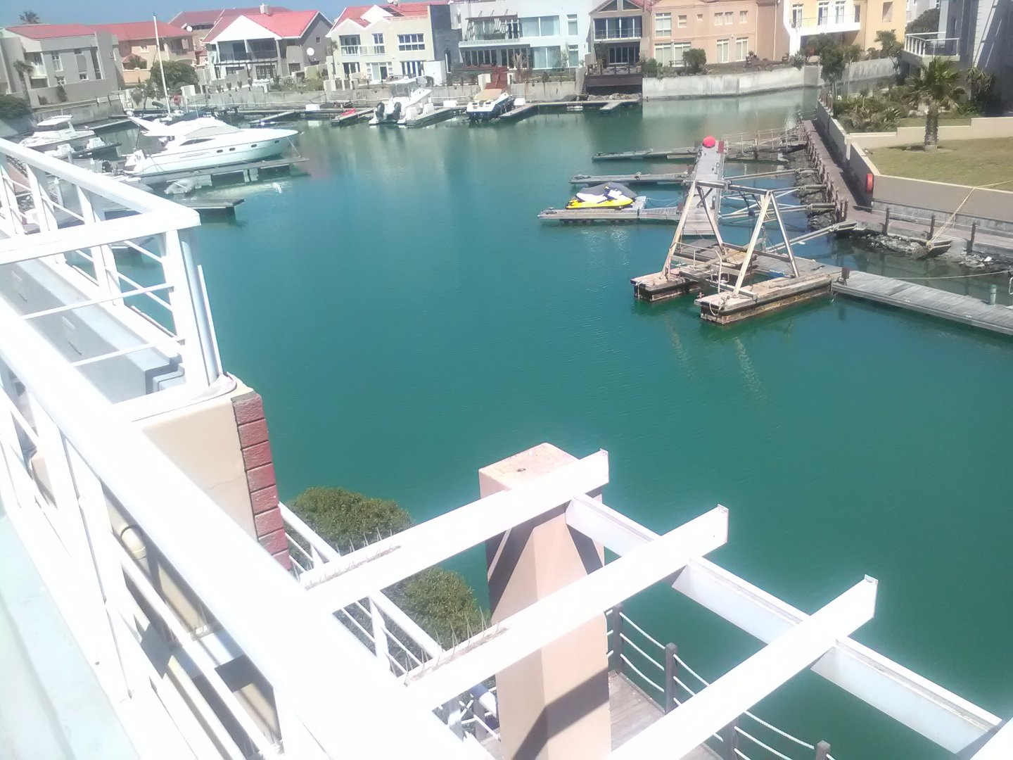 Harbour Island property to rent. Ref No: 13554085. Picture no 35
