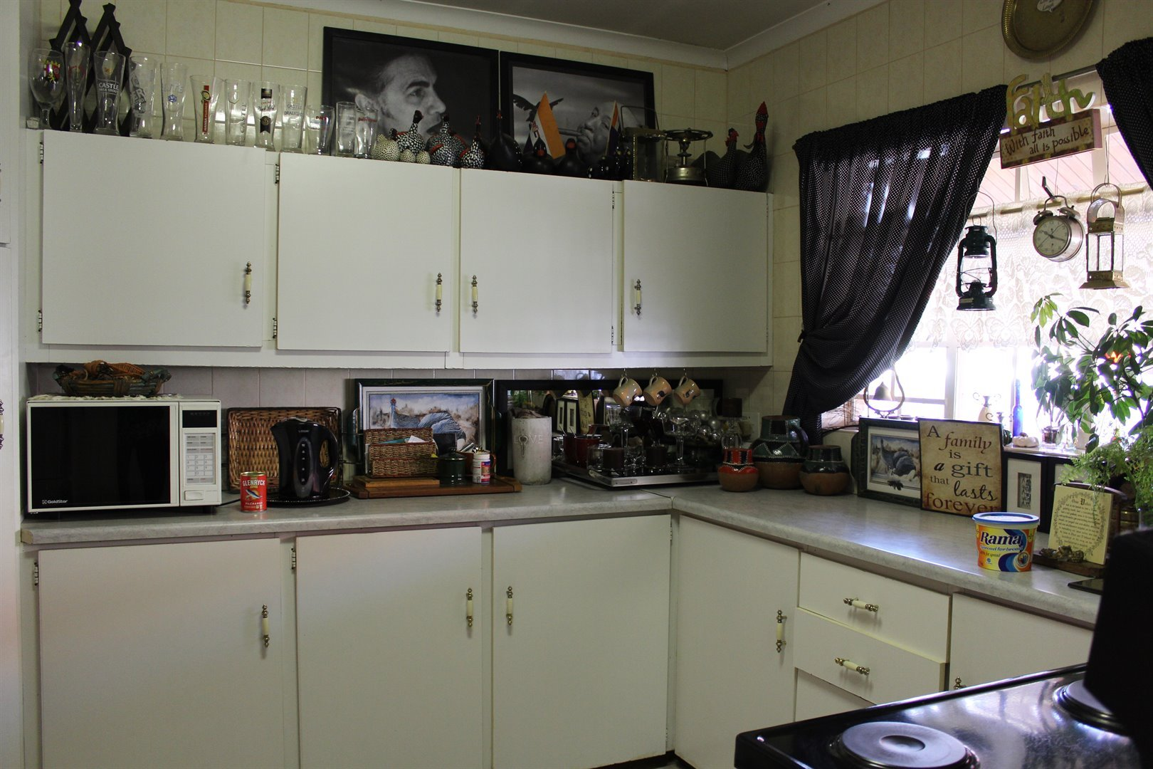 Suid Dorp property for sale. Ref No: 13508208. Picture no 7