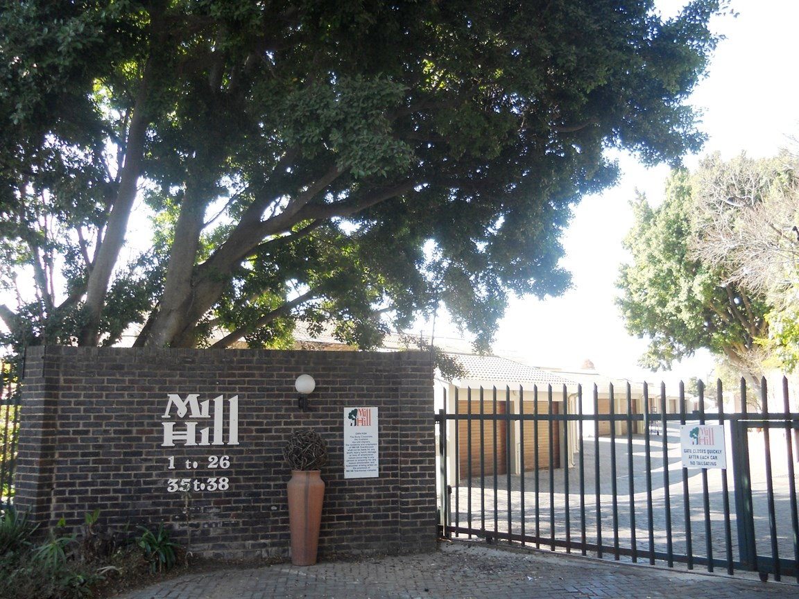 Bryanston property to rent. Ref No: 13526021. Picture no 12