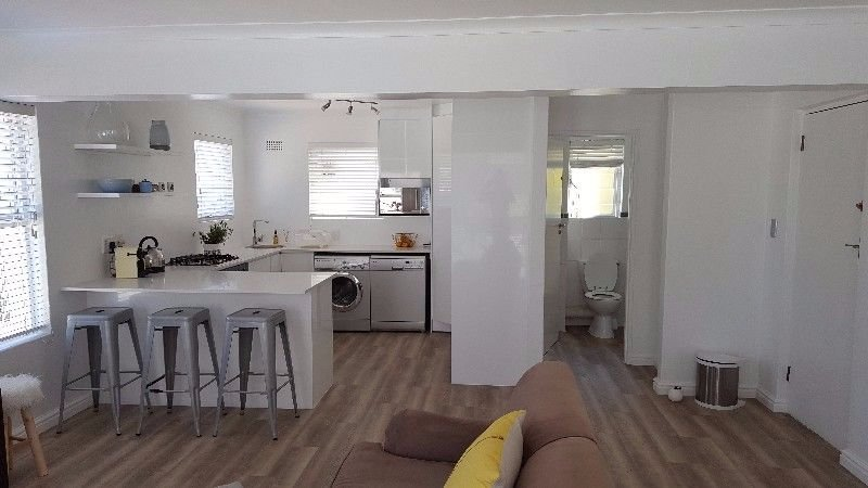 Claremont property to rent. Ref No: 13566295. Picture no 6