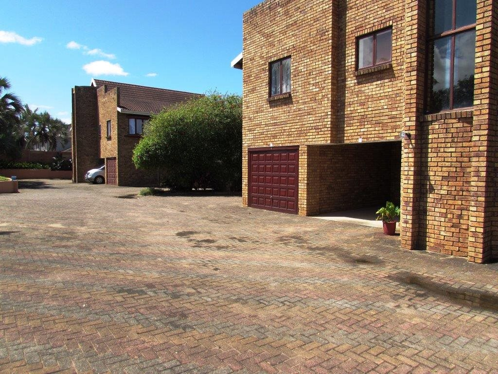 Hibberdene property for sale. Ref No: 12765361. Picture no 22