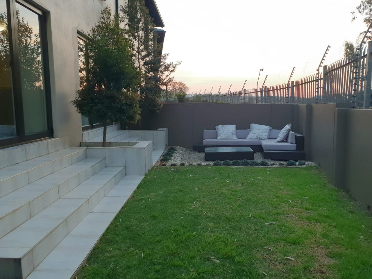 Property and Houses for sale in Candlewoods Country Estate, Townhouse, 3 Bedrooms - ZAR 2,040,000