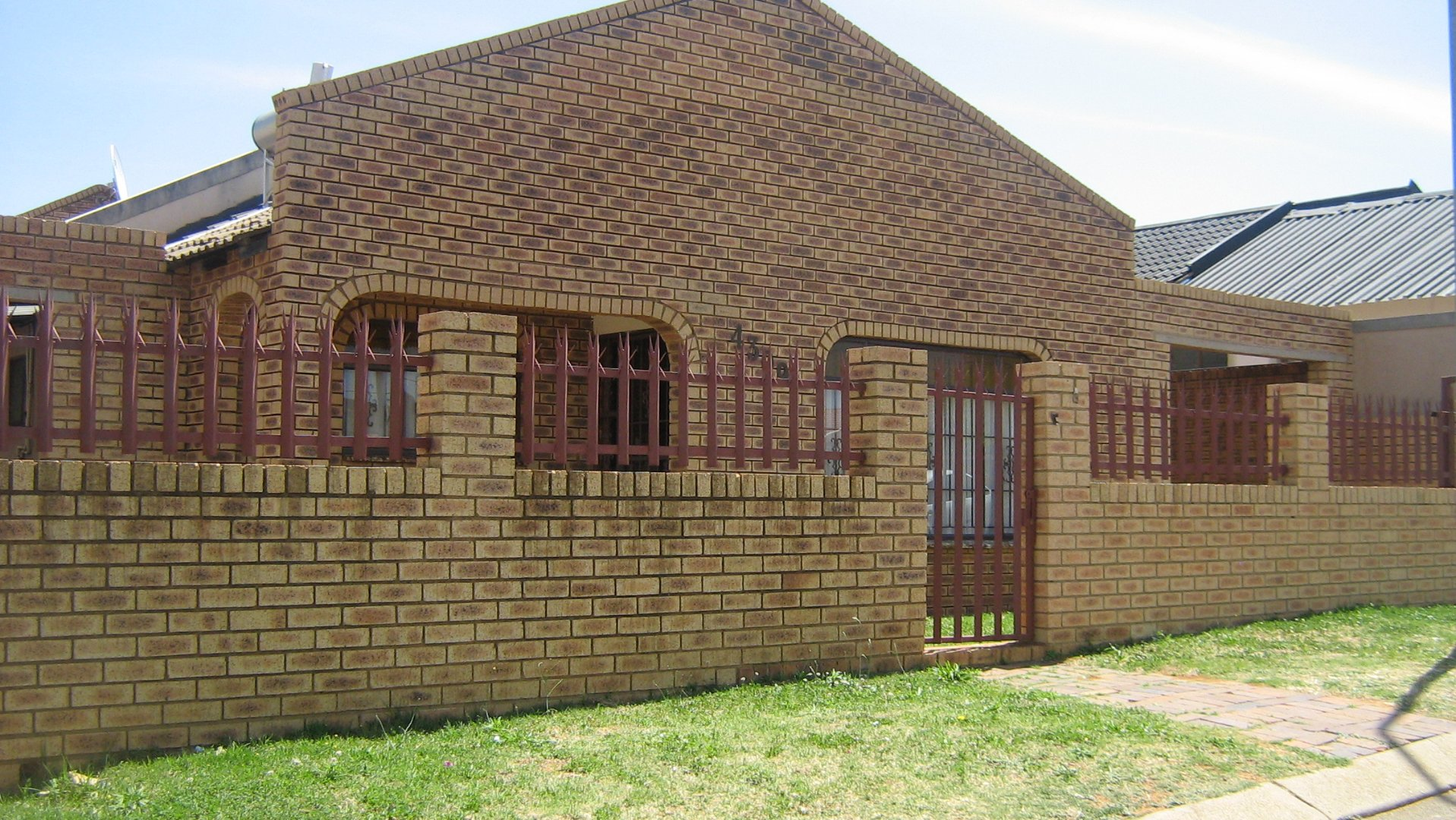 Johannesburg, Lenasia South Property  | Houses For Sale Lenasia South, Lenasia South, House 3 bedrooms property for sale Price:660,000