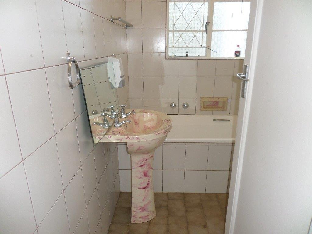 Umtentweni property for sale. Ref No: 13603548. Picture no 12