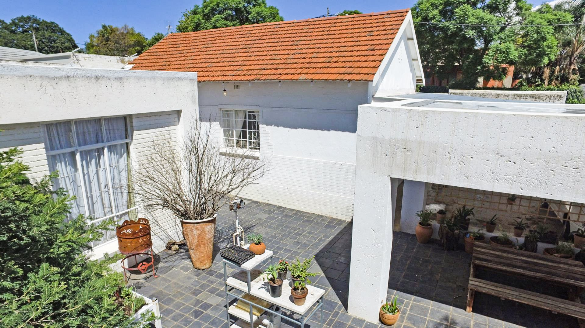 Property and Houses for sale in Linden, House, 4 Bedrooms - ZAR 2,850,000