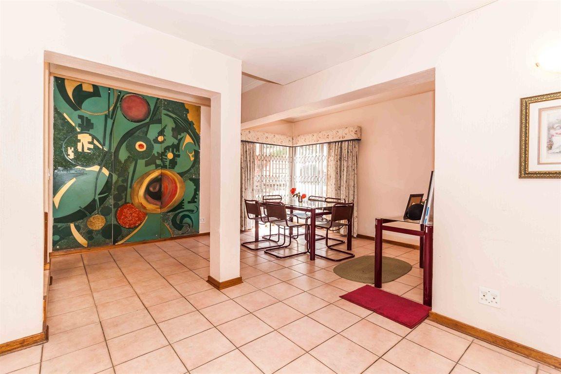 Erasmia property for sale. Ref No: 13400076. Picture no 5