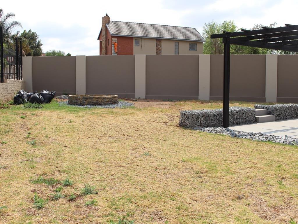 Celtisdal property for sale. Ref No: 13230610. Picture no 31