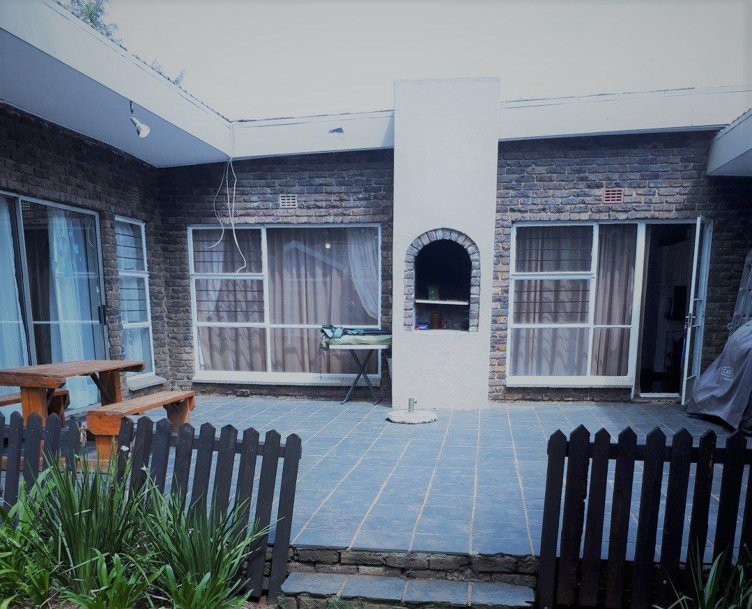 Krugersdorp, Rant En Dal Property    Houses For Sale Rant En Dal, Rant En Dal, House 3 bedrooms property for sale Price:1,199,000