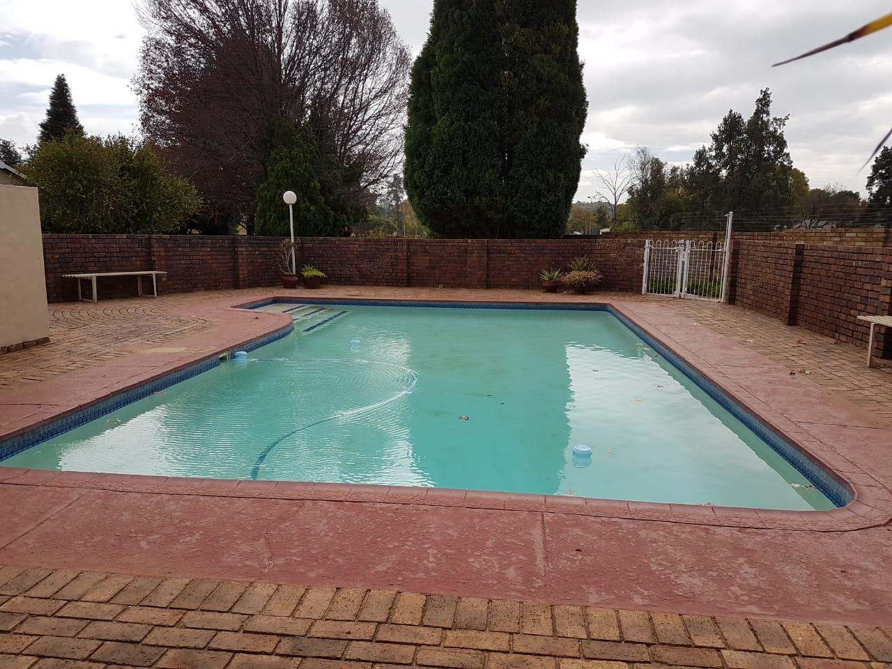 Eldoraigne property for sale. Ref No: 13623334. Picture no 2