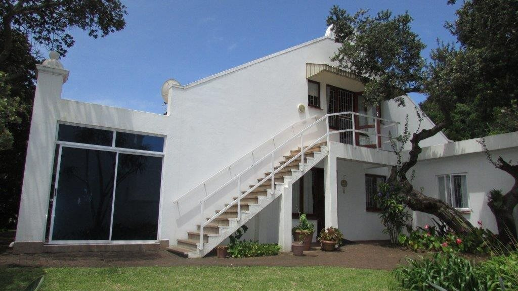Port Edward, Port Edward Property    Houses For Sale Port Edward, Port Edward, Townhouse 4 bedrooms property for sale Price:1,950,000