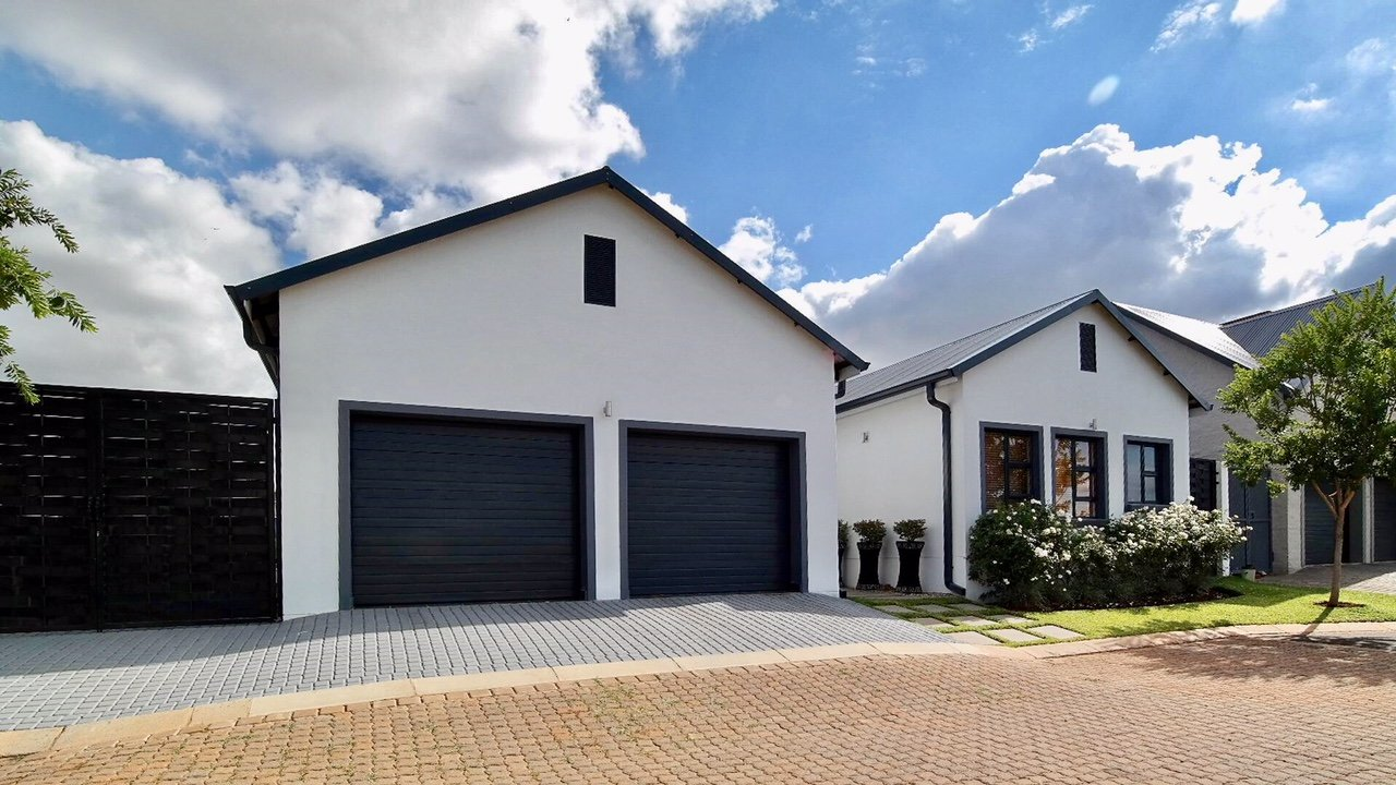Property and Houses for sale in Heritage Hill, House, 4 Bedrooms - ZAR 2,890,000