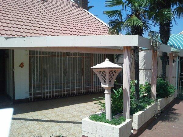 Arcon Park property for sale. Ref No: 13417644. Picture no 1