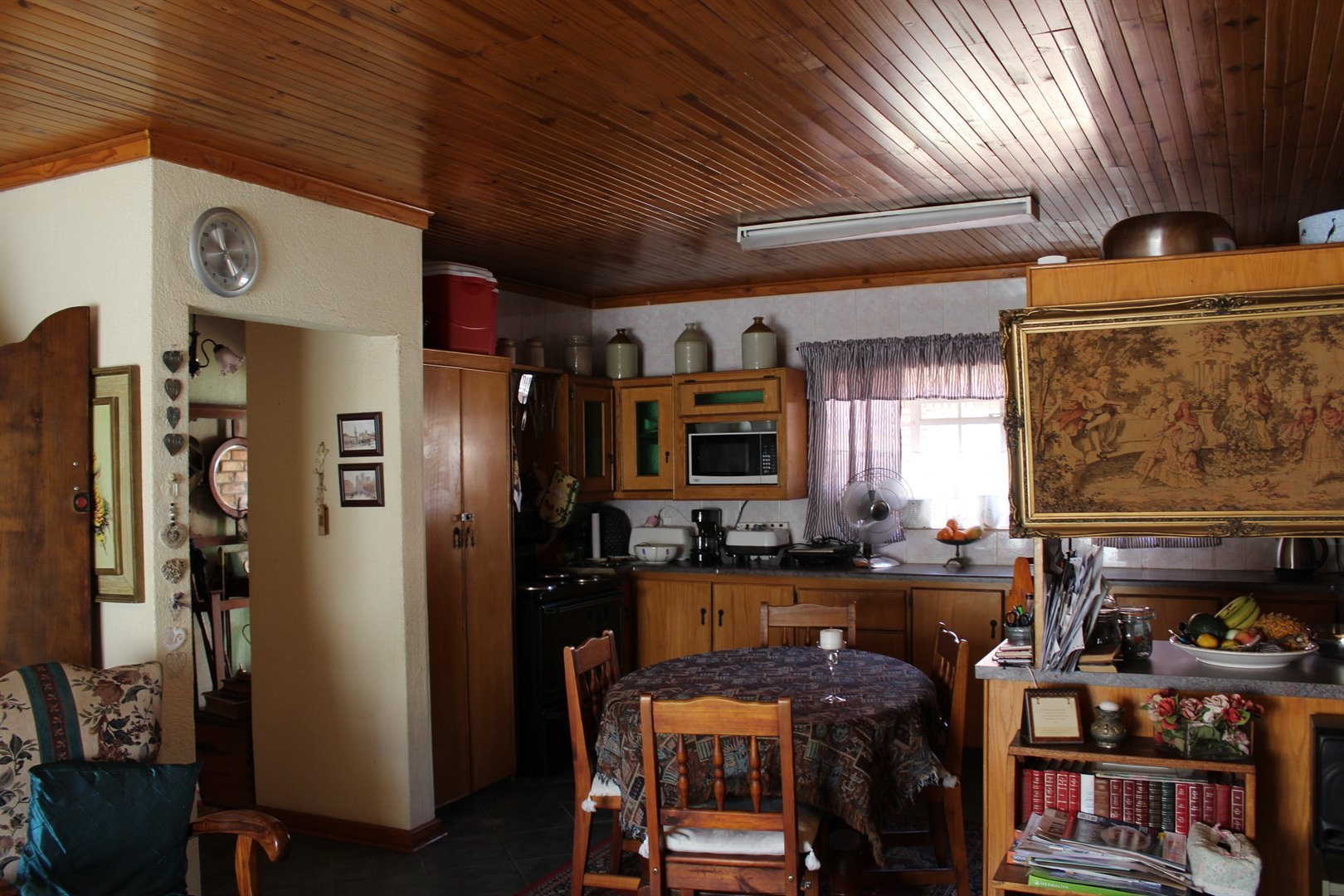 Suid Dorp property for sale. Ref No: 13508208. Picture no 5