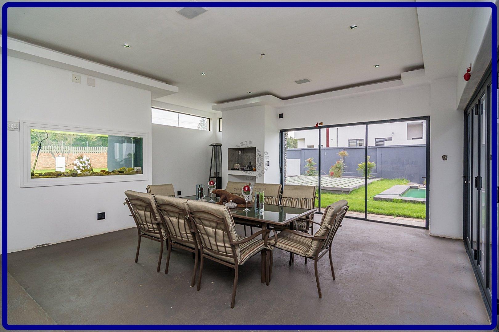Midstream Hill property for sale. Ref No: 13644259. Picture no 10