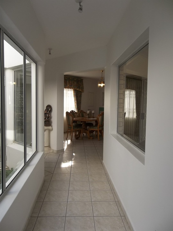 Widenham property for sale. Ref No: 13473788. Picture no 26