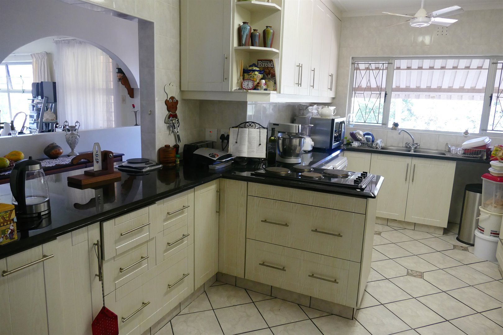 Scottburgh South for sale property. Ref No: 13476955. Picture no 14