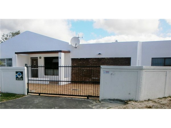 Cape Town, Marina Da Gama Property  | Houses To Rent Marina Da Gama, Marina Da Gama, House 3 bedrooms property to rent Price:, 10,00*