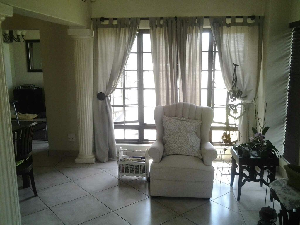 Uvongo property for sale. Ref No: 13306359. Picture no 13