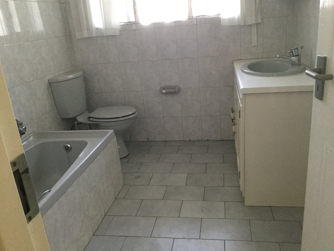 Three Rivers Proper property for sale. Ref No: 13360681. Picture no 8