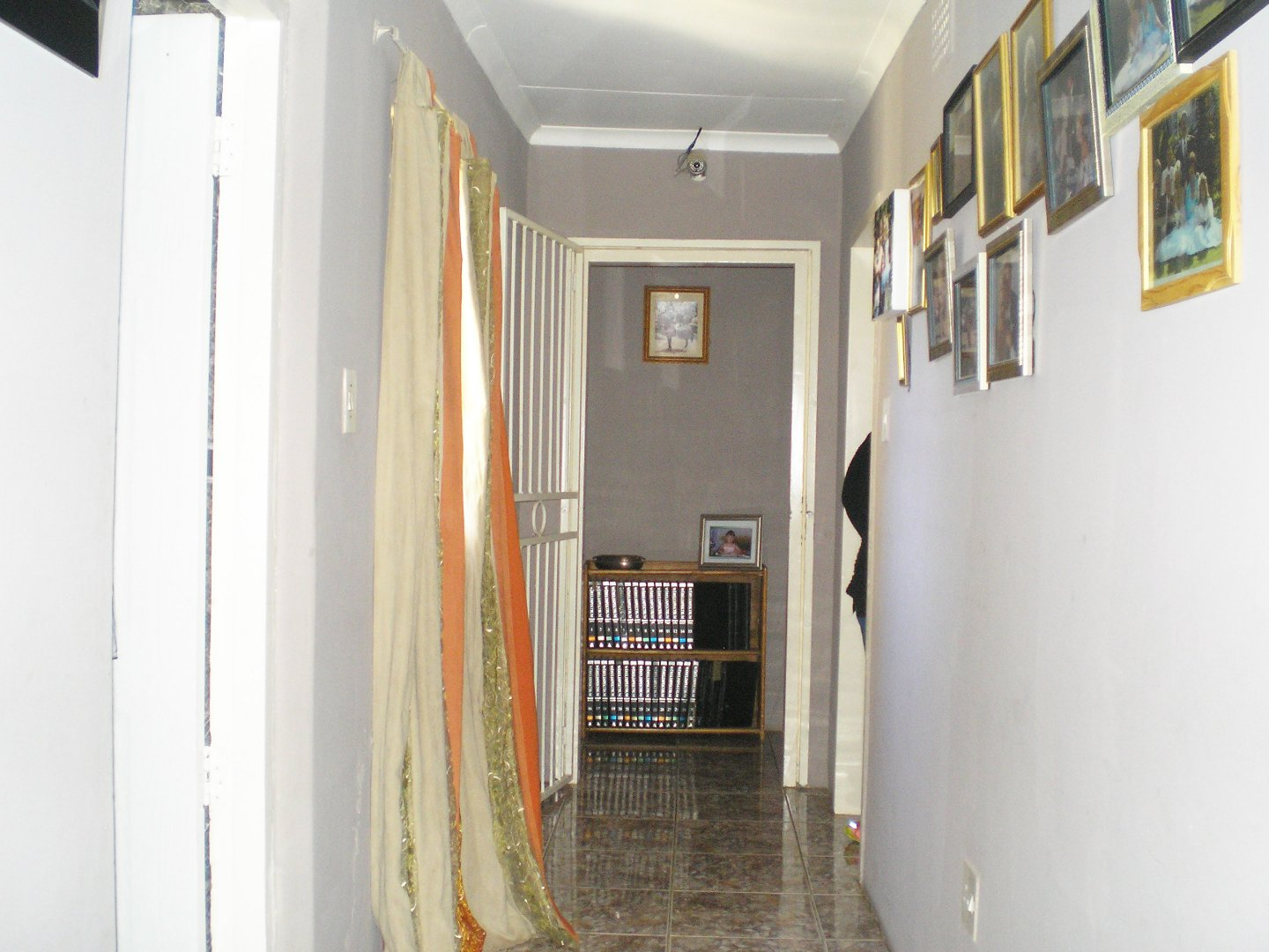 Tenacre A H property for sale. Ref No: 13677260. Picture no 18