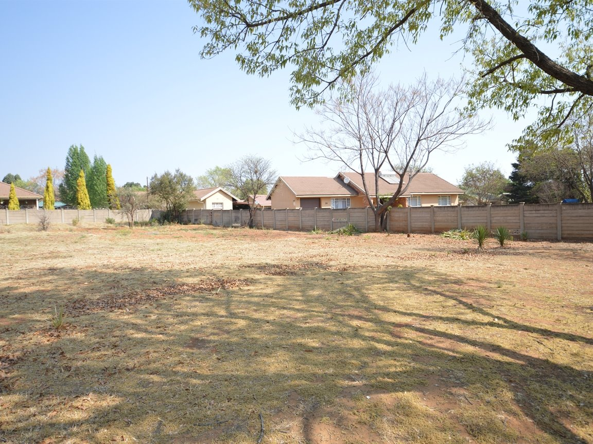 Property and Houses for sale in Roodia, Vacant Land - ZAR 330,000