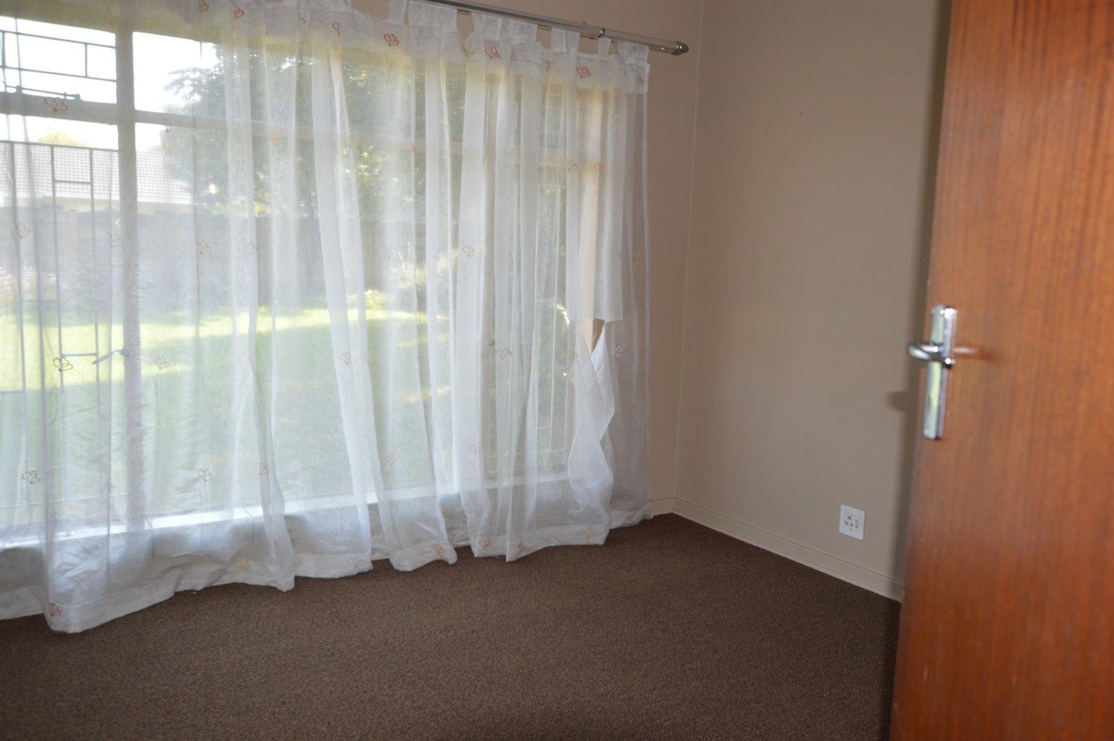 Vanderbijlpark Se 2 property for sale. Ref No: 13623209. Picture no 16