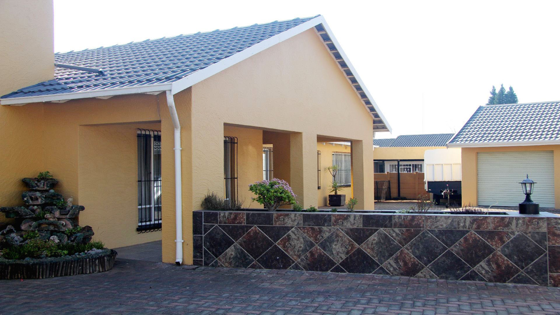 Randfontein, Helikonpark Property  | Houses For Sale Helikonpark, Helikonpark, House 4 bedrooms property for sale Price:1,700,000