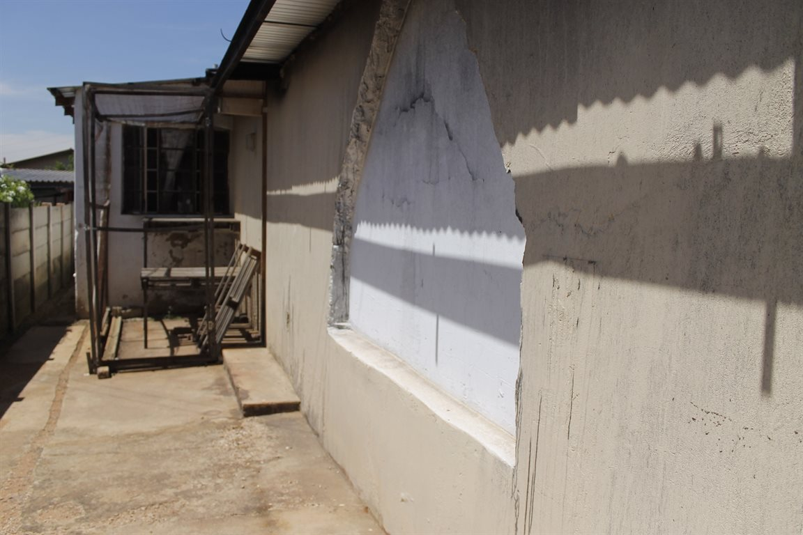 Krugersdorp West property for sale. Ref No: 13394321. Picture no 13