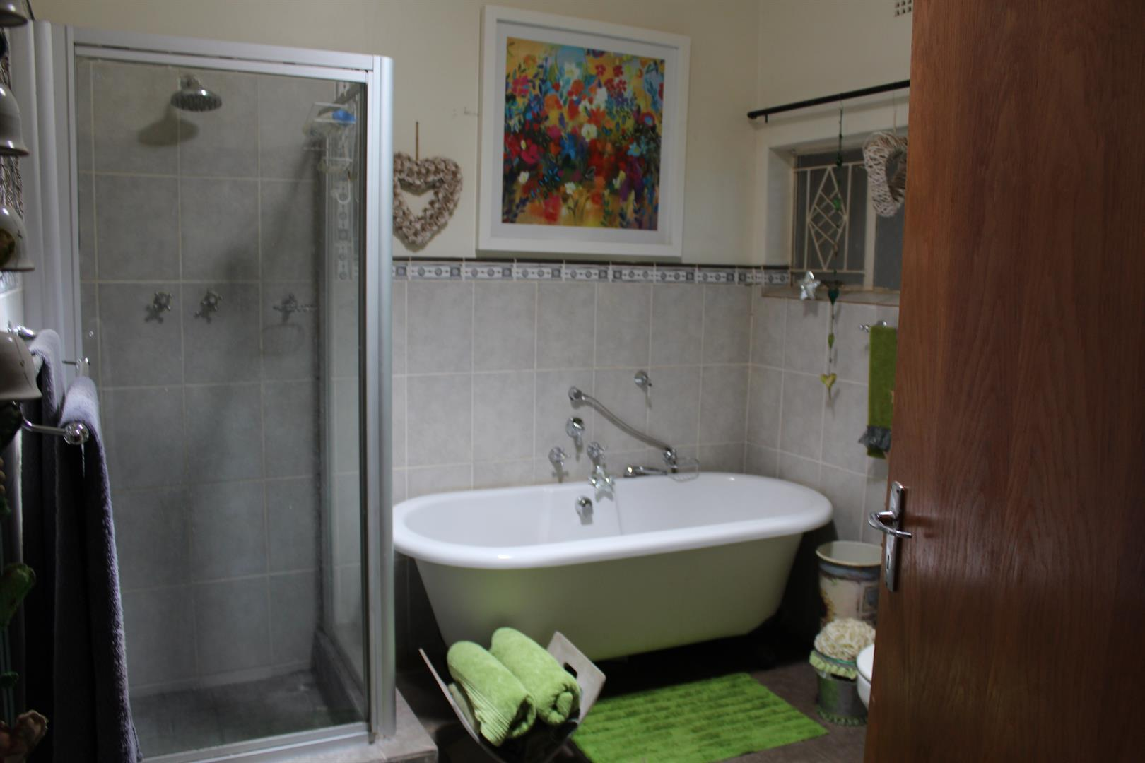 Potchefstroom property for sale. Ref No: 13433840. Picture no 9