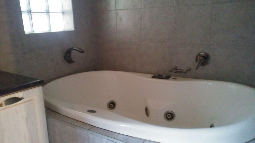 Rant En Dal property for sale. Ref No: 13647329. Picture no 25