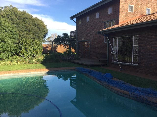 Three Rivers East property for sale. Ref No: 13419433. Picture no 27