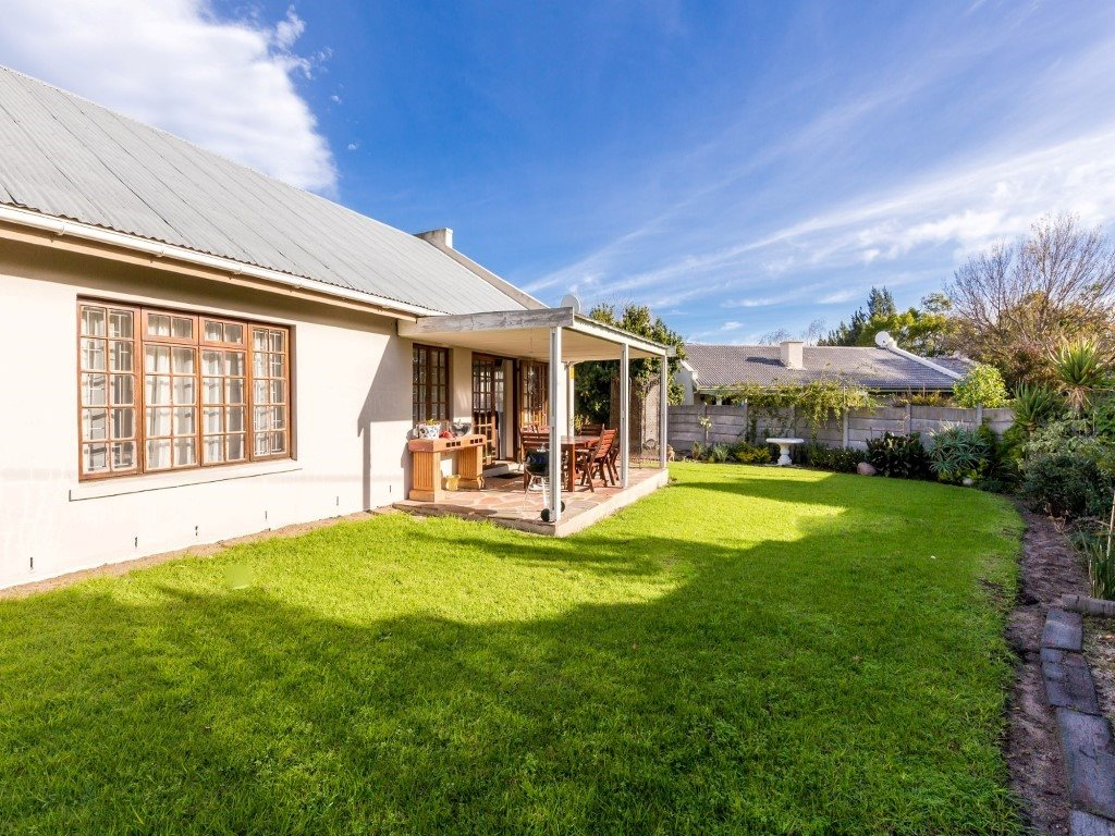 Franschhoek property for sale. Ref No: 13353946. Picture no 16