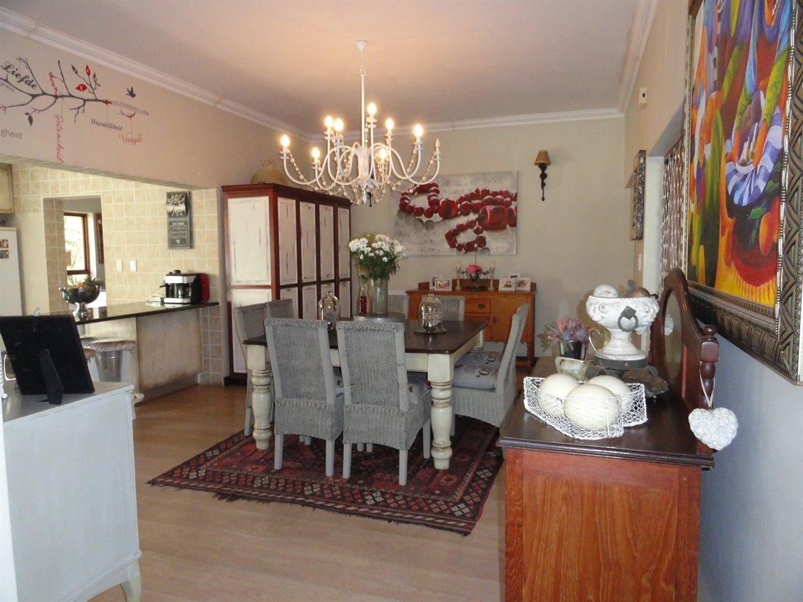 Silver Lakes Golf Estate property for sale. Ref No: 13394313. Picture no 5