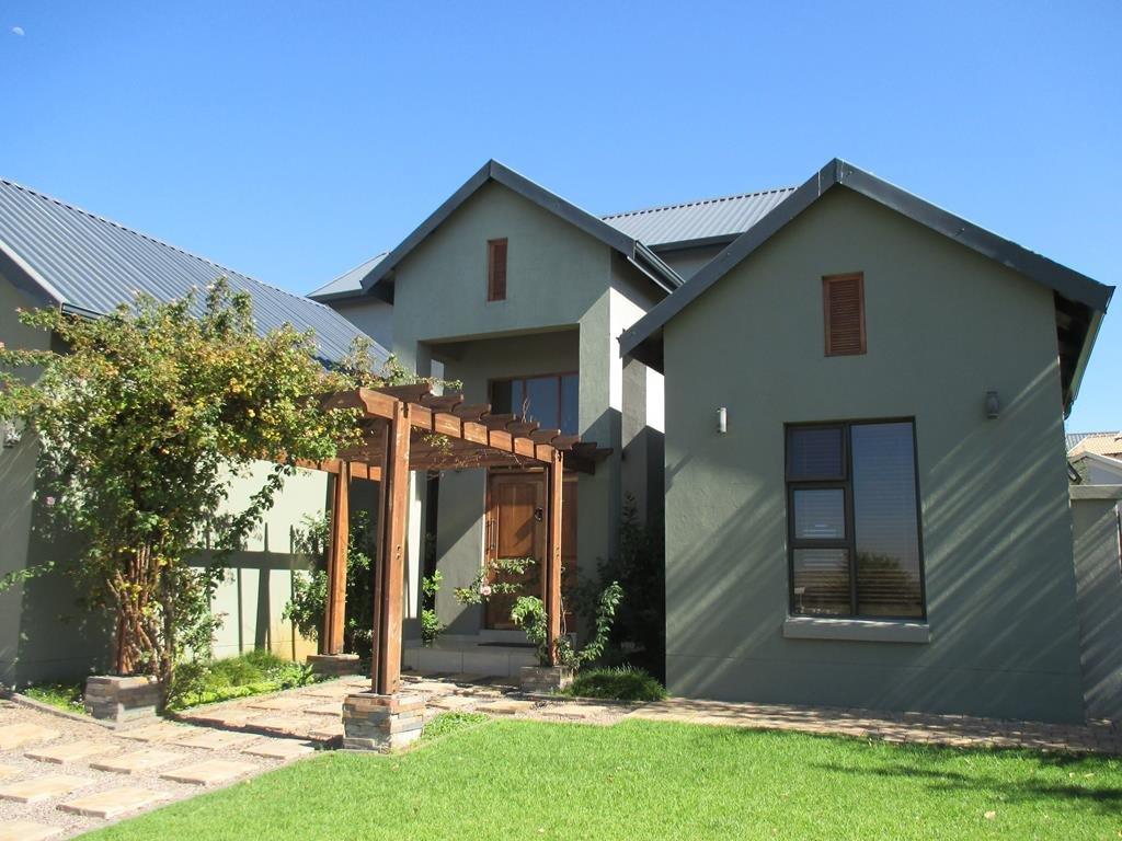 Midlands Estate property for sale. Ref No: 13317285. Picture no 15