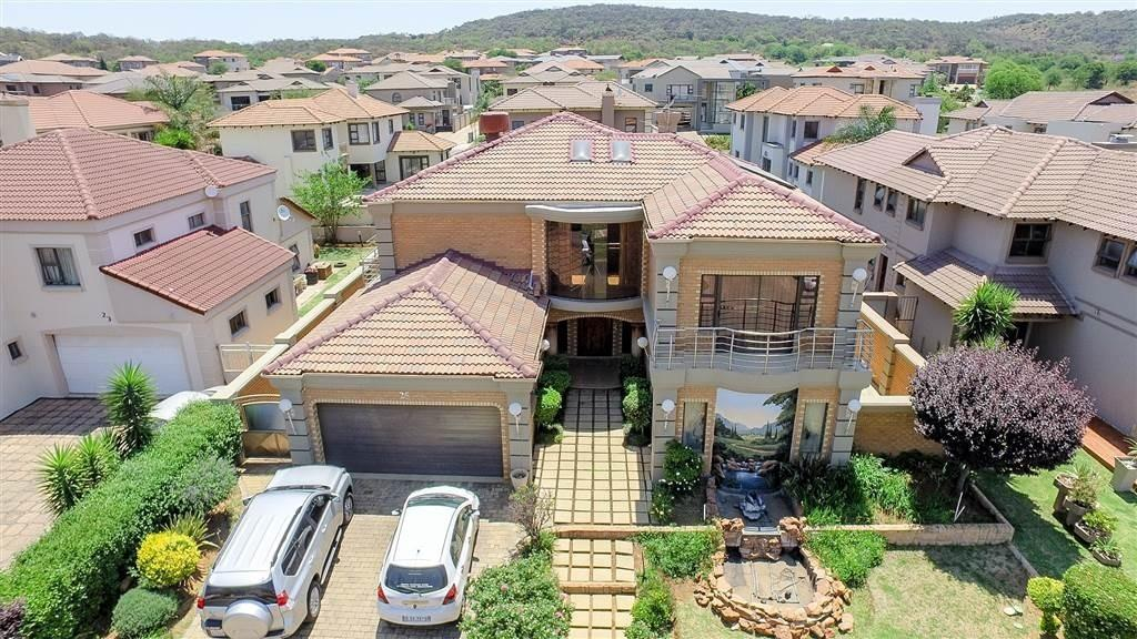Johannesburg, Aspen Hills Nature Estate Property  | Houses For Sale Aspen Hills Nature Estate, Aspen Hills Nature Estate, House 5 bedrooms property for sale Price:5,695,000