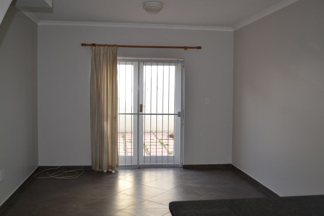 Wellington North property for sale. Ref No: 13533914. Picture no 9