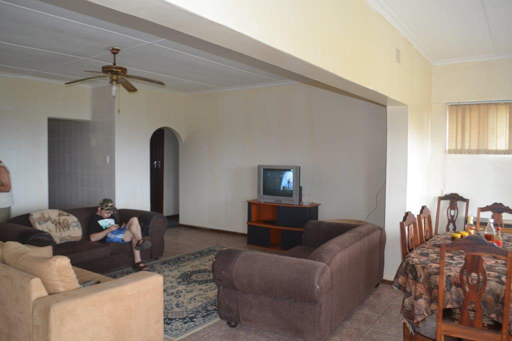 Woodgrange property for sale. Ref No: 13436082. Picture no 6