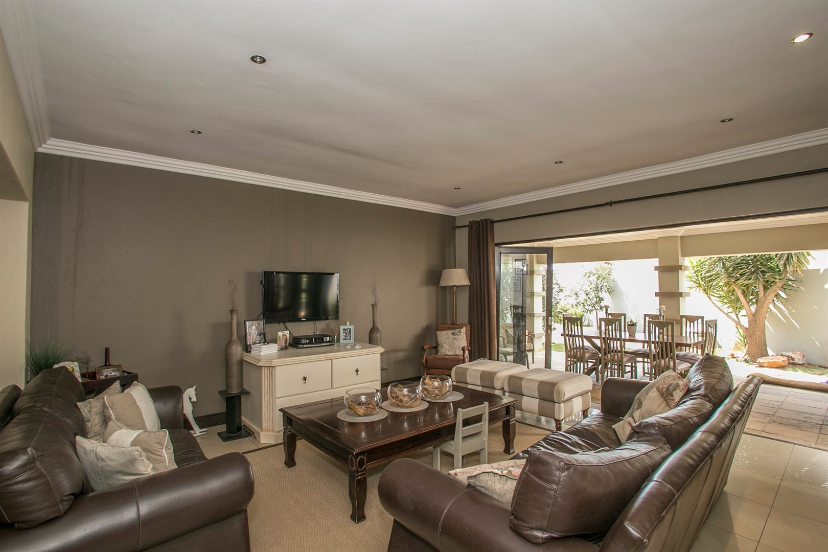 Sandton, Fourways Property    Houses For Sale Fourways, Fourways, House 4 bedrooms property for sale Price:3,600,000