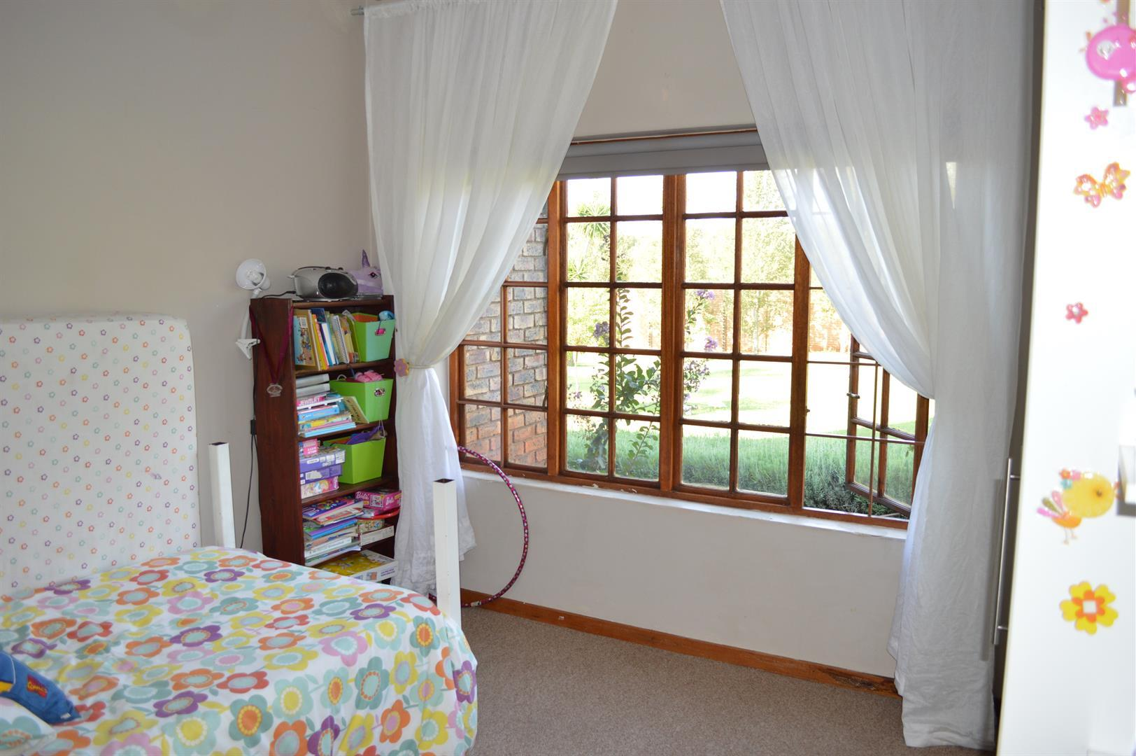 Raslouw A H property for sale. Ref No: 13442161. Picture no 14