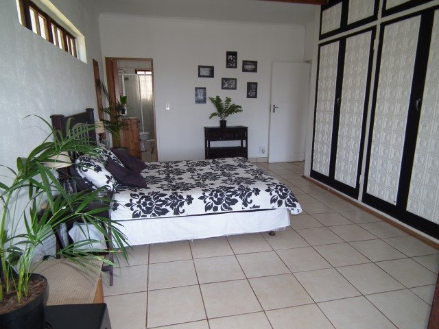 Southport property for sale. Ref No: 13553052. Picture no 9