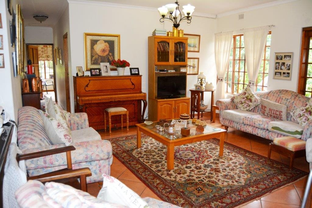 Uvongo property for sale. Ref No: 13386814. Picture no 11