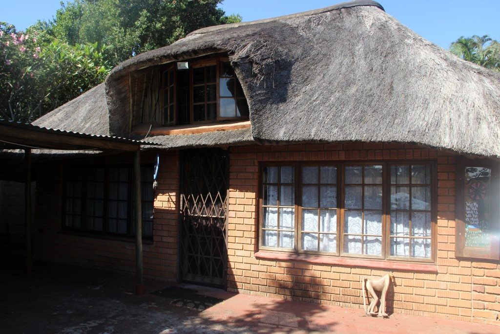 Uvongo property for sale. Ref No: 13327325. Picture no 3
